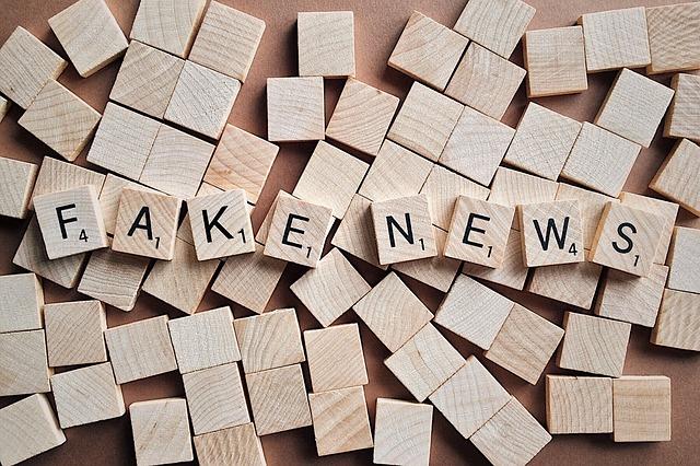 ข่าวปลอม (fake news) บนโลกอินเตอร์เนต ๔.๐ ในมิติทางกฎหมาย